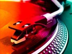 Wie man DJ wird